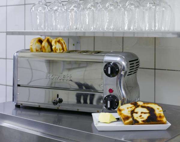 The Mona Lisa Toaster 2007