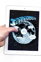 SUPERMOON Comic app on device